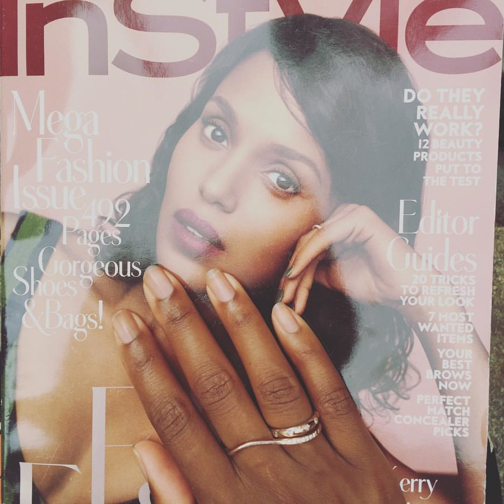 """Cause @amysynnott described her as """"#goals on ten different levels"""", I decided to pickup the #Septemberissue of @instylemagazine. What a beautiful compliment. @kerrywashington was staring me in the face when I walked into the newsagent look for a printer. Women supporting women is such a beautiful thing. Cheers to the weekend that's around the bend. #strongwomen #womensupportingwomen #blacklivesmatter #fridayvibes #bgm #kindnessismagic #soulfully #raisethevibration (at Rockefeller Center)"""