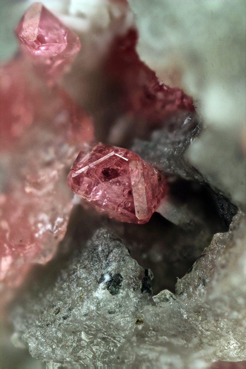 ifuckingloveminerals: Eudialyte Mont Saint Hilaire, Québec, Canada Beauty.