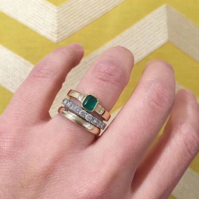 Cause she's that beautiful. Let's do it again. The little #emerald that could. #colombian #lovegold #jewelrydesign
