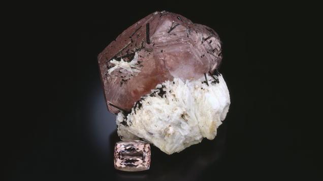 Stone courtesy of GIA. Morganite rough, a beryl. Learn more at GIA.edu.