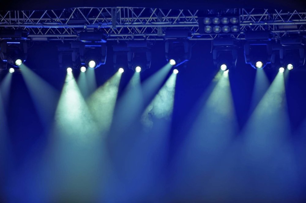 Spotlights-Stage_Medium__Comp.jpg