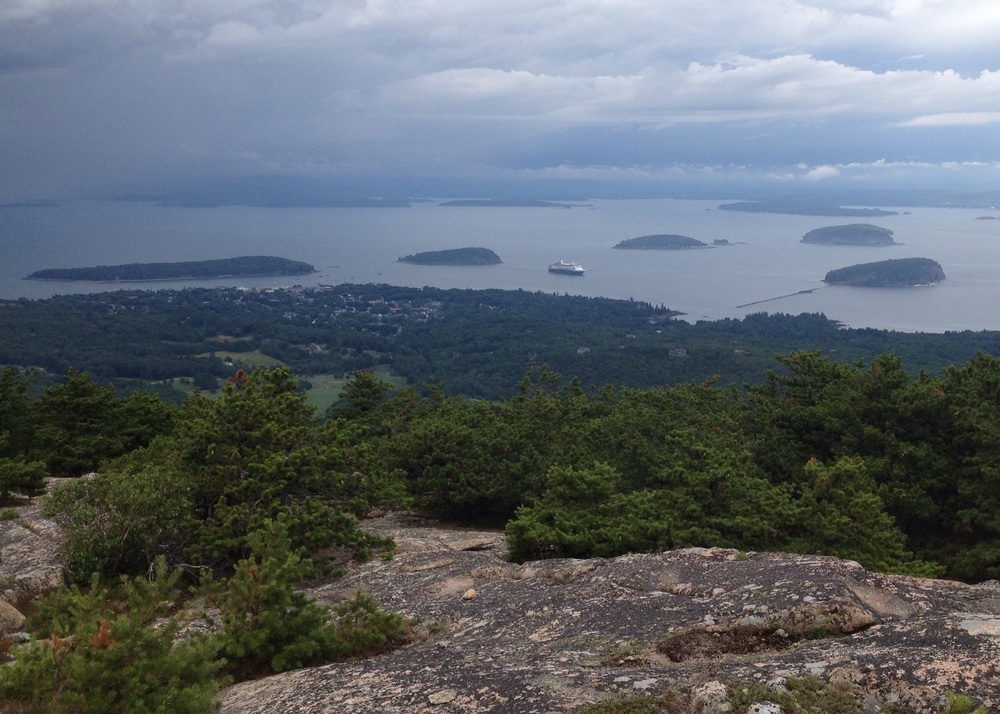 Bar Harbor and the Porcupine Islands below, ugly weather in the distance!  That's the 720-foot Veendam in the Harbor.