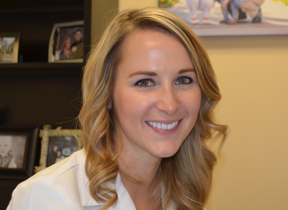 Melanie Senn - Physician assistant