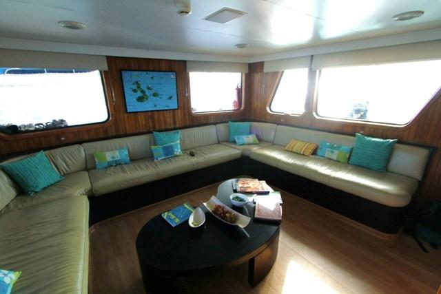 Living room TT III (2).JPG