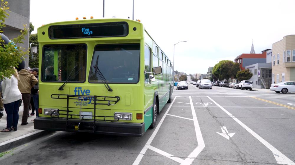 bus-exterior3.png