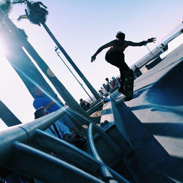 Shred. #venicebeach #venicebeachskatepark #skateboarding #skateboard #skatelosangeles