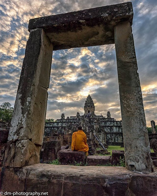 #travel #travelphotography #nikon #d750 #cambodia #cambodiatravel #angkorwat #angkor_wat #buddhist #monks #sunset #sunsets #photography #photooftheday #igers #ig_photooftheday #siemreap #photographer #photoshoot #nikonphotography #nikond750 #tamron1530 #tamron #nofilter #nofilterneeded #cambodialife #travelphotography #traveling #travel #traveller #temples