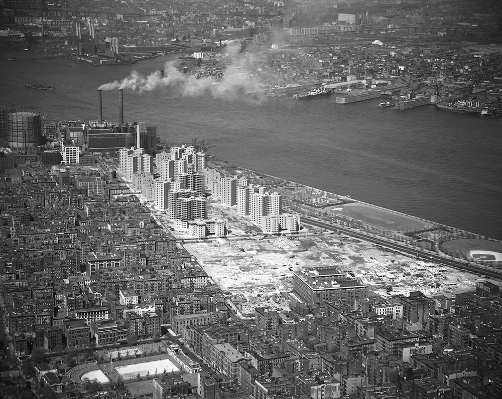Jacob Riis & Lillian Wald Houses under construction, 1948 - Photo provided by the NY State Archives