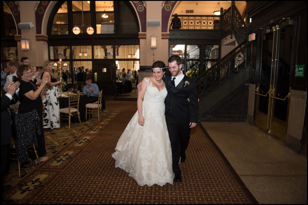 Indianapolis Union Station Wedding Pictures-027.jpg
