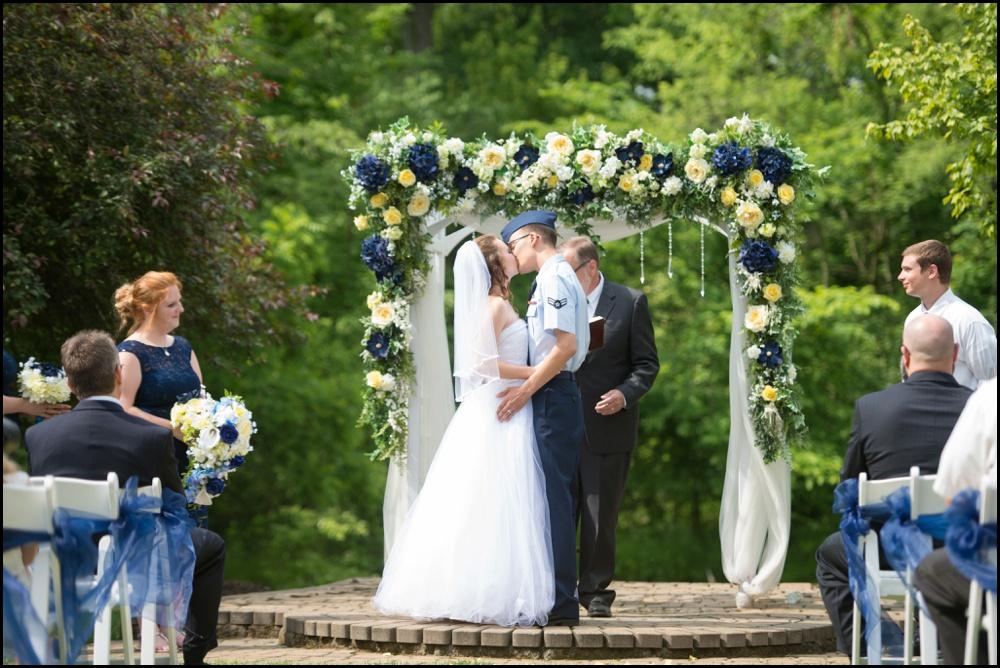 Avon Gardens Wedding Pictures-017.jpg