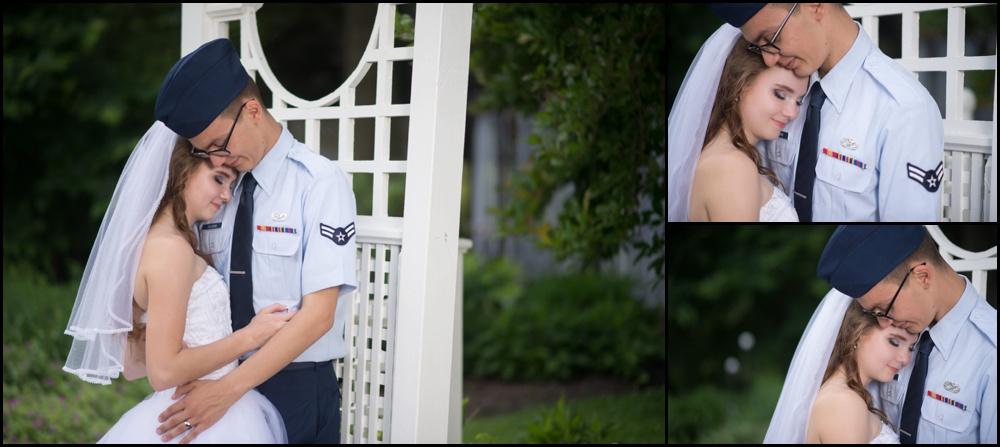 Avon Gardens Wedding Pictures-027.jpg