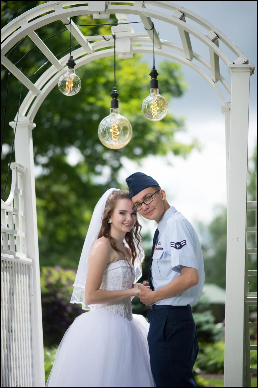Avon Gardens Wedding Pictures-026.jpg