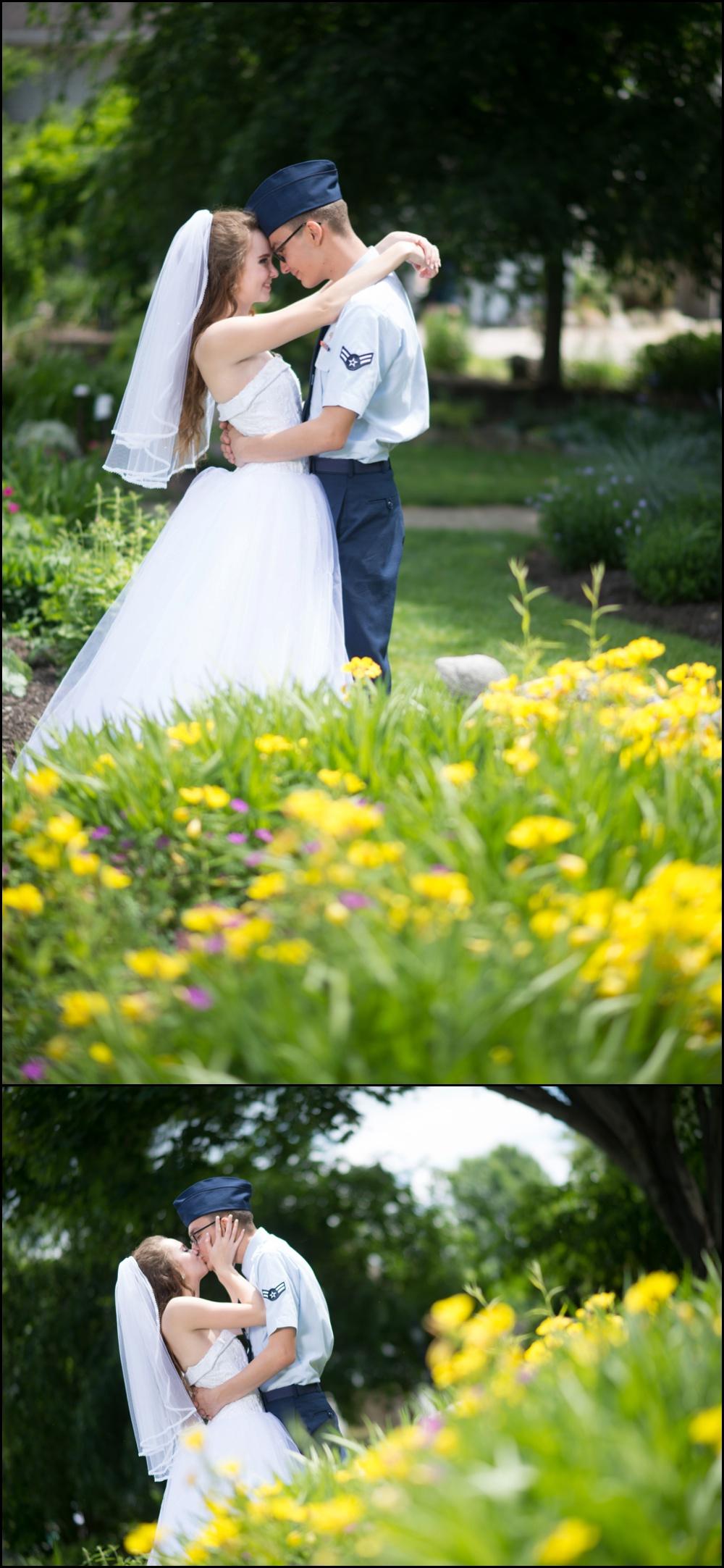 Avon Gardens Wedding Pictures-028.jpg