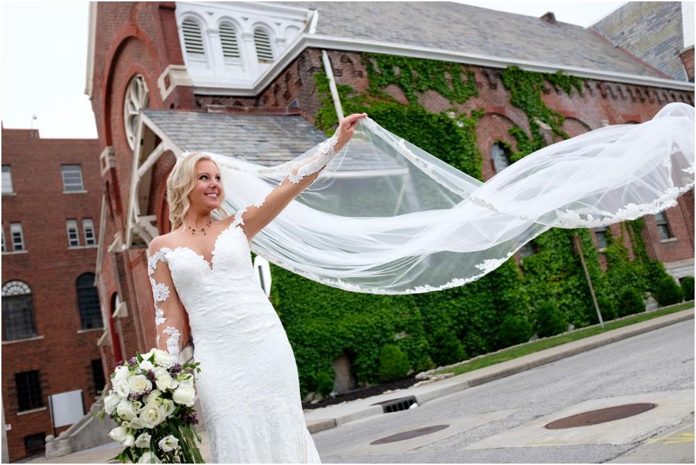 Sanctuary-on-Penn-Wedding-Photos-31.jpg