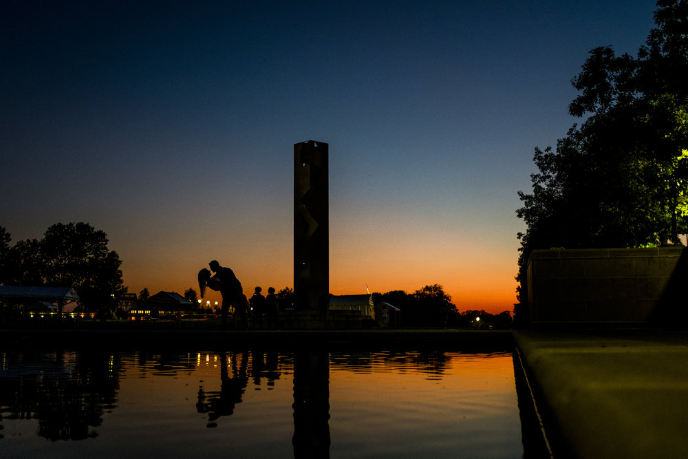 Indianapolis-canal-enagement-pictures-17.jpg