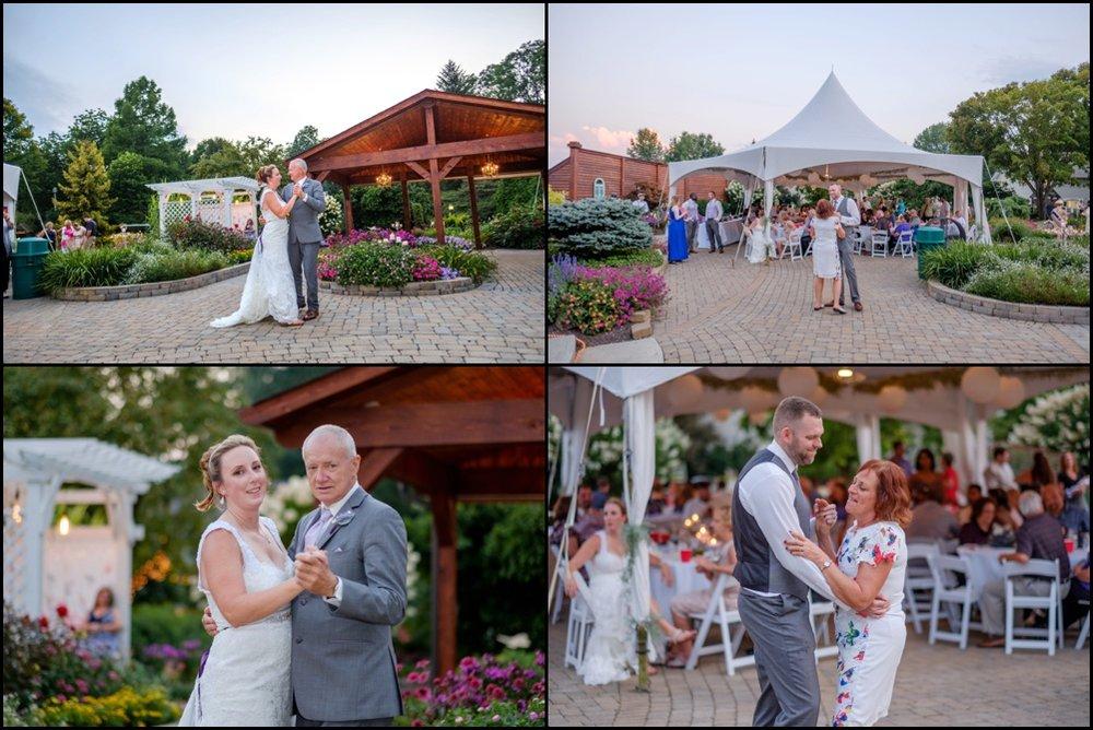 wedding-picture-at-Avon-Gardens-25.jpg