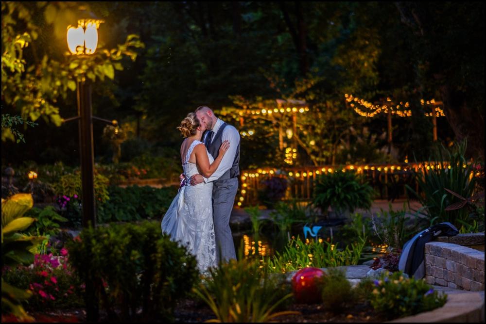 wedding-picture-at-Avon-Gardens-31.jpg