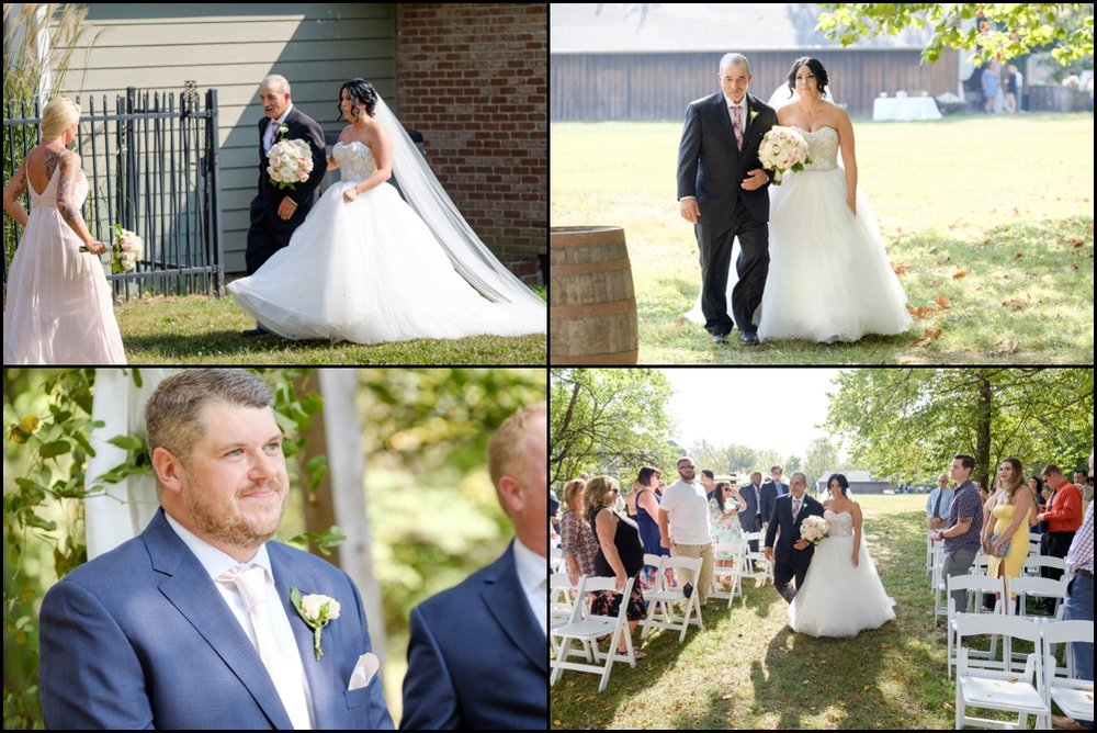 The-Barn-in-Zionsville-Wedding-Pictures_0011.jpg