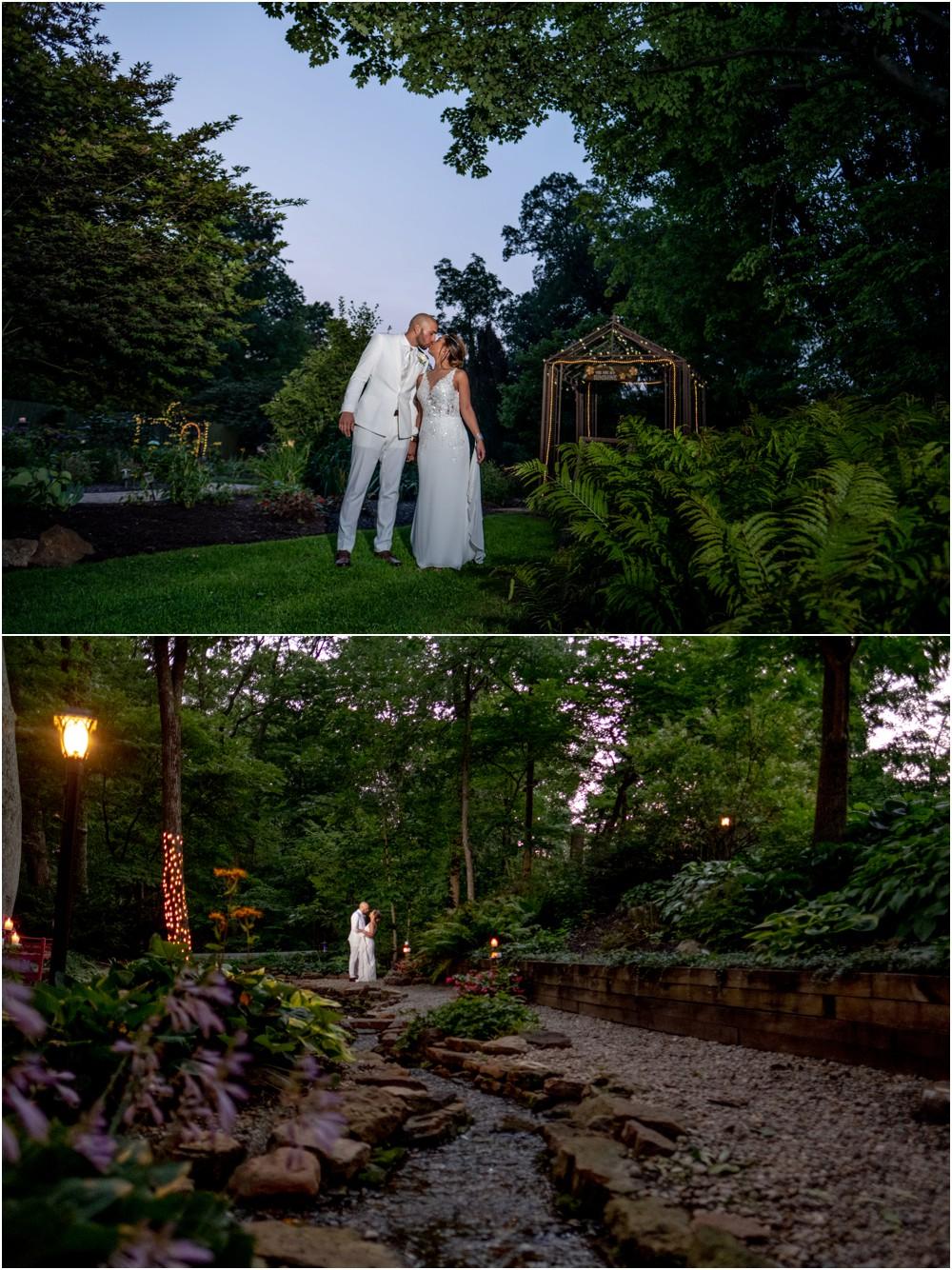 wedding-pictures-at-Avon-gardens_0021.jpg