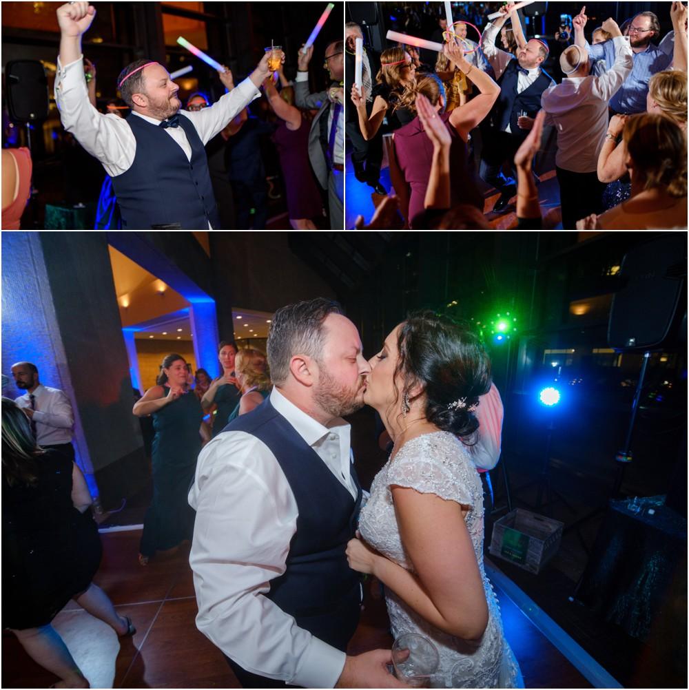 Sahms-Atrium-Wedding-Pictures_0029.jpg
