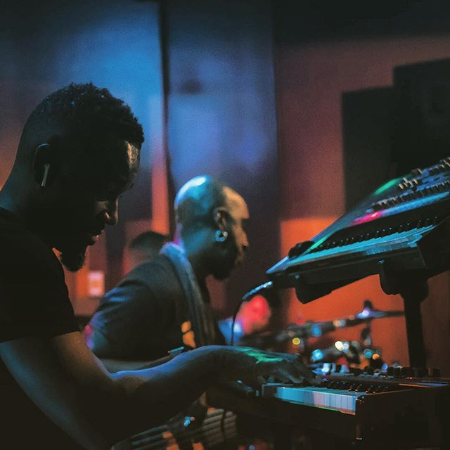 C L A S S I K I've had the privilege of accompanying the homie @classiklevine for the past few months on bass guitar & keys. Definitely a dope to be among creative minds making music! ✌🏾