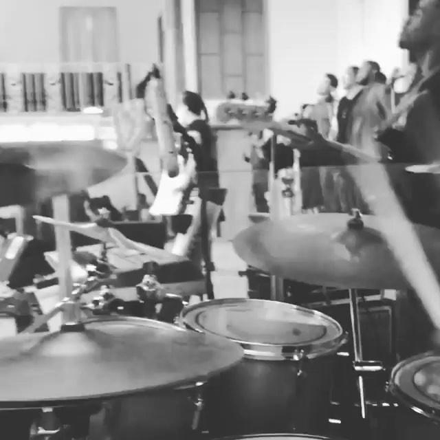 K I N G D O M B A N D 👈🏾👈🏾👈🏾Swipe left #useHeadphones #churchBand #GladToBeInTheNumber #CHRISPOTTINGER!!!!!!!!!!!!! #bassGuitar Main/Aux Keys - Me Drums - @willvbuford  Bass - Chris Pottinger Guitar - Sherman Williams ✌🏾