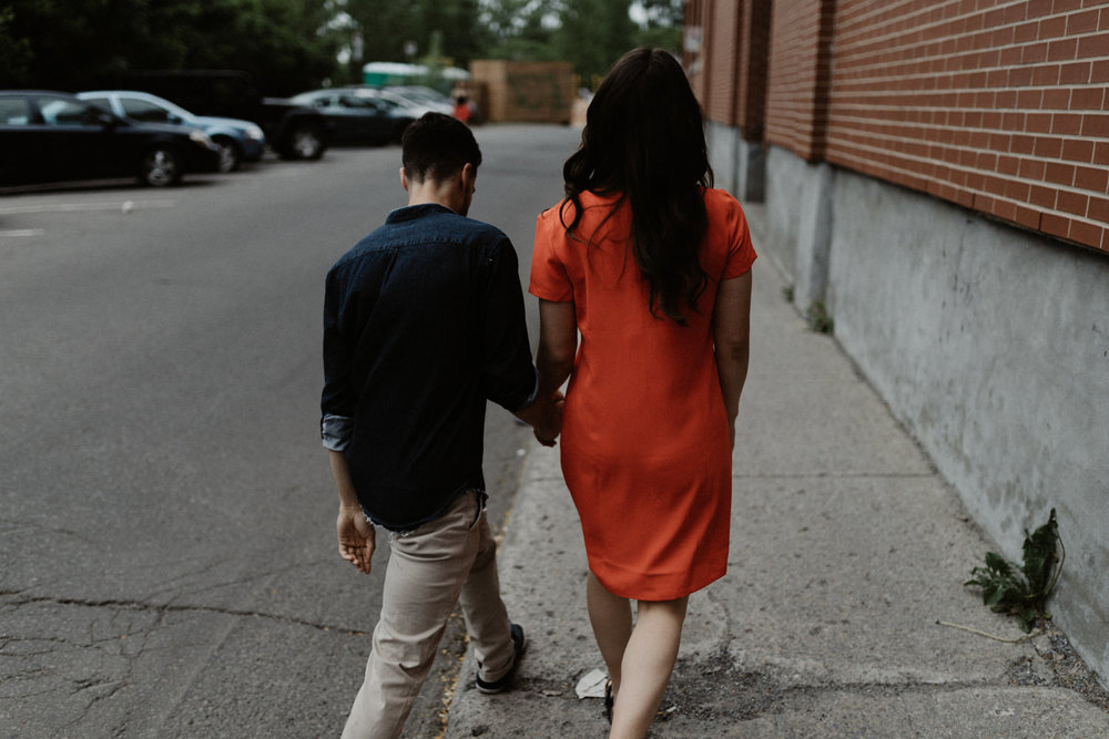 180531 Sarah Jeanne Julie Full hd Séance Couple Montreal Mile End Love Engagement Session  (9 of 54).jpg