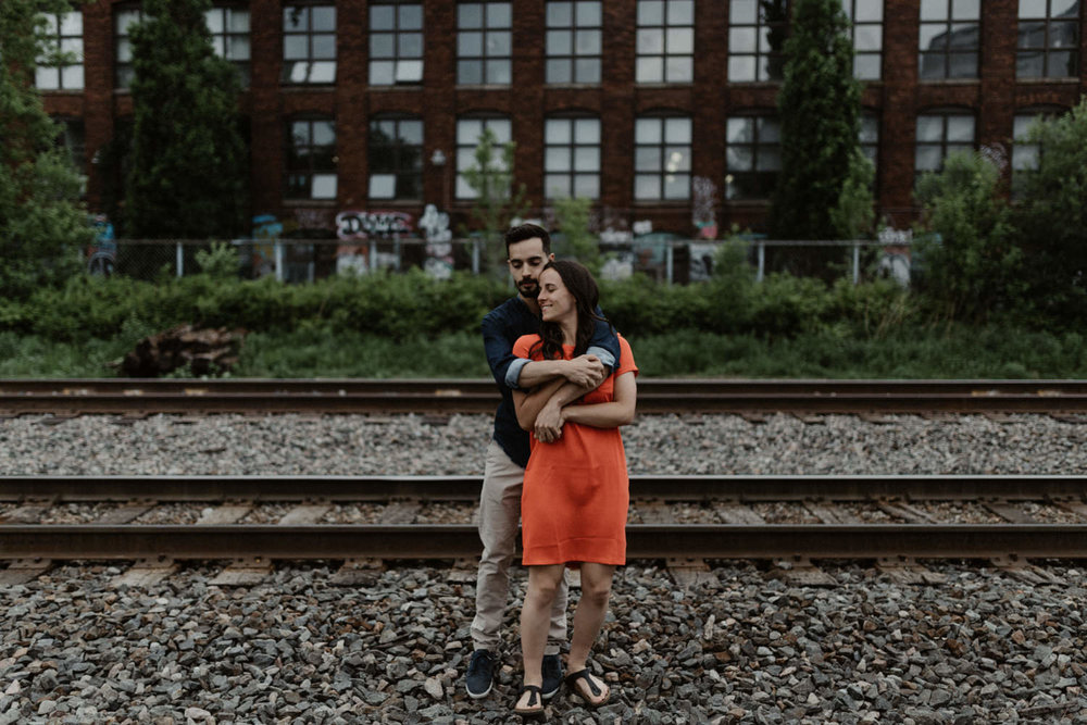 180531 Sarah Jeanne Julie Full hd Séance Couple Montreal Mile End Love Engagement Session  (18 of 54).jpg