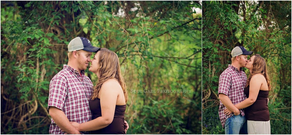 Lauren-Josh-Engagement-Session_0022.jpg