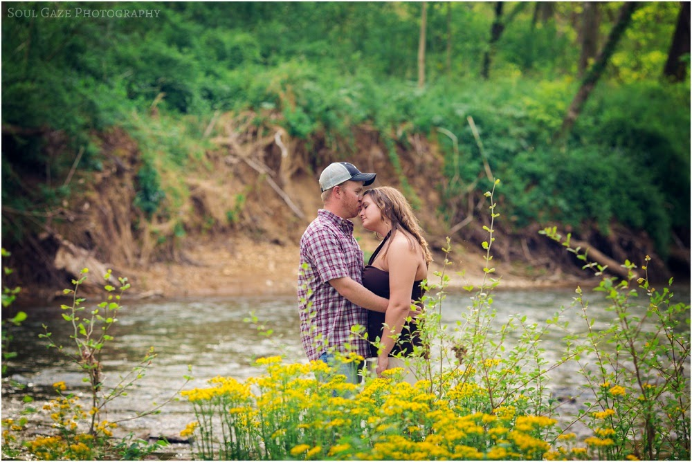 Lauren-Josh-Engagement-Session_0031.jpg