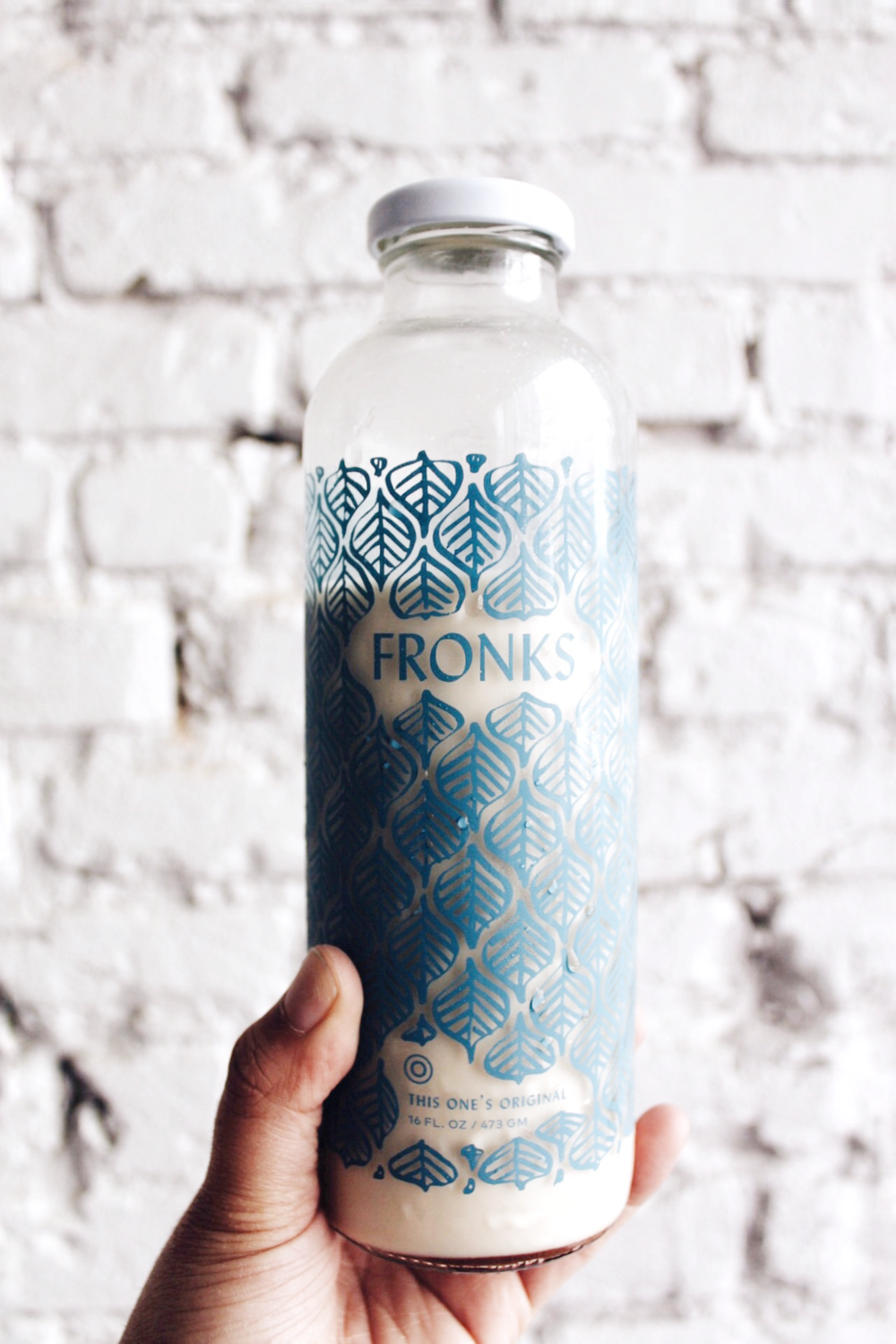 Fresh Fronks - Non-Dairy Milk - Vegan Milk - Nut Milk - www.tresgigi.com