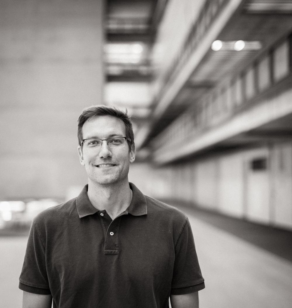Glenn Koslowsky  Photographer |Designer  gkoslowsky@nichollfielddesign.com