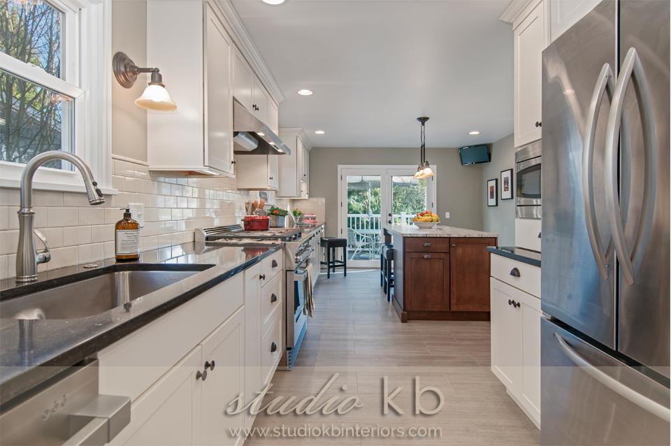 Leschi Kitchen2.jpg