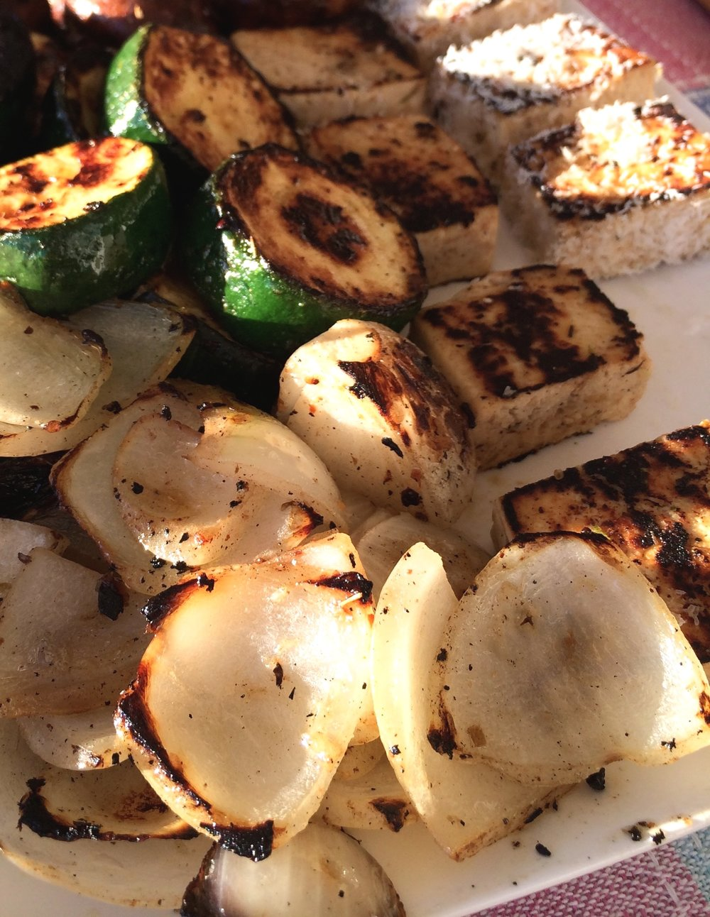 the_best_way_to_grill_onions_vegan_barbecues_grilled_vegetables_the_best_vegetables_for_grilling.jpg