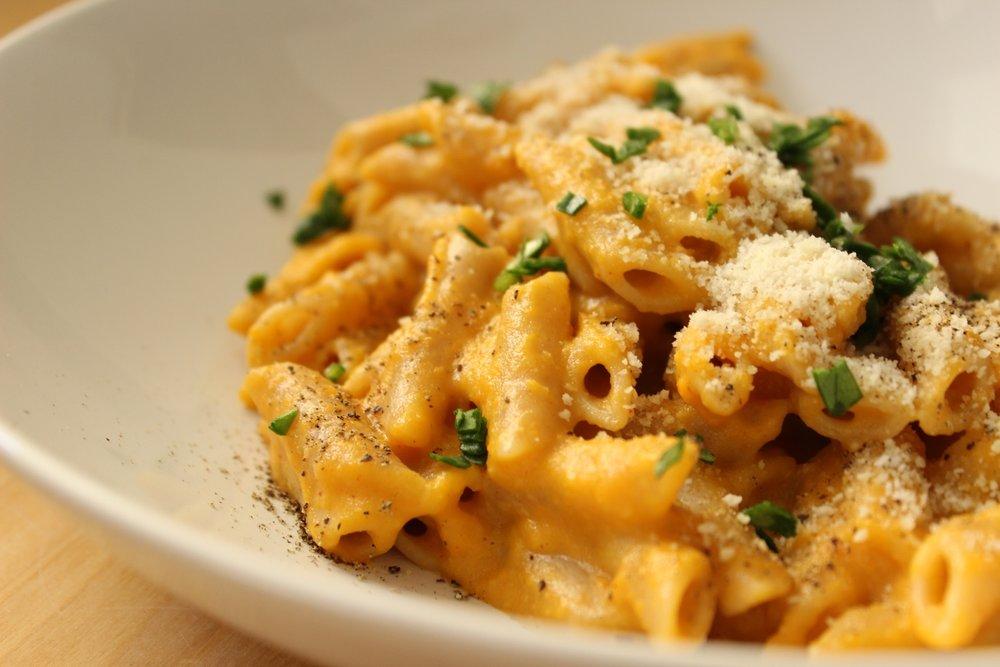 vegan_mac_and_cheese_basics_best_vegan_mac_and_cheese_recipes.jpg
