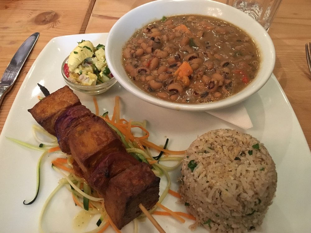 manna_vegan_restaurant_oldest_vegan_restaurant_in_london_vegan_travel_caribbean_platter.jpg