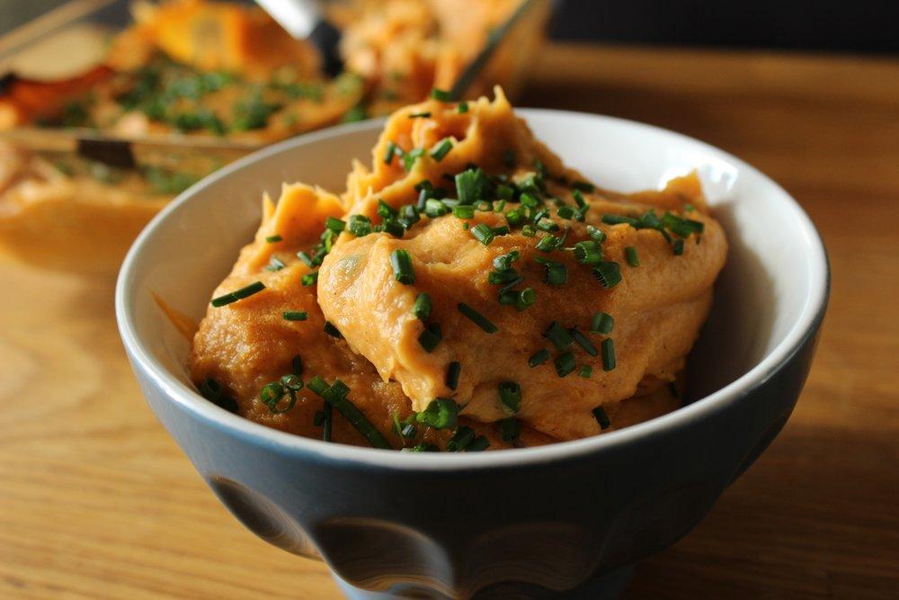 vegan_sweet_potato_puree_vegan-sweet_potato_casserole_vegan_thanksgiving.jpg