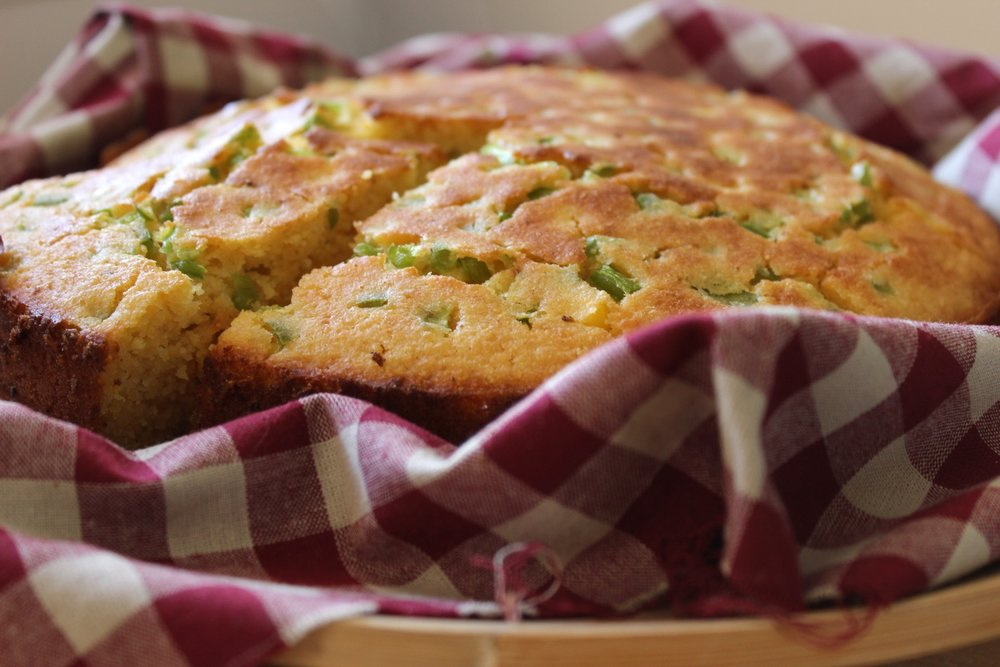vegan_cornbread_vegan_thanksgiving_recipes.jpg