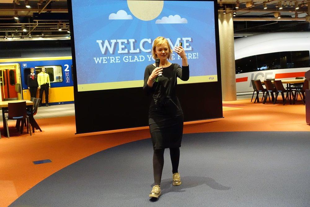 Pauline Bron, customer experience manager bij NS, nam ons mee in het spoor van de reiziger.