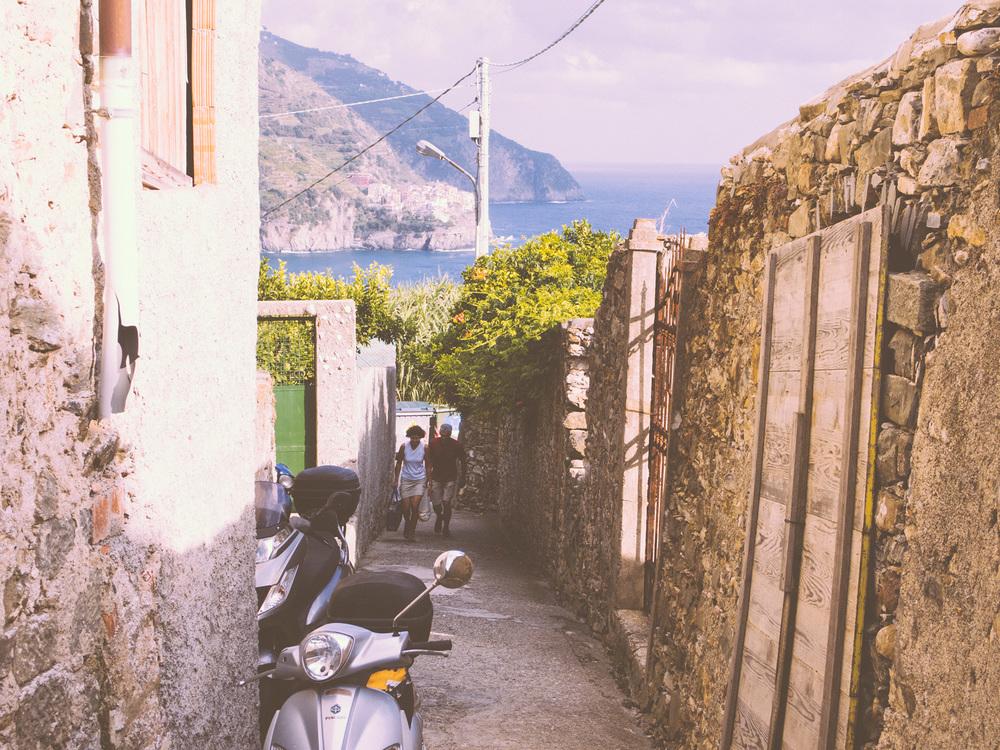 Side street in Corniglia