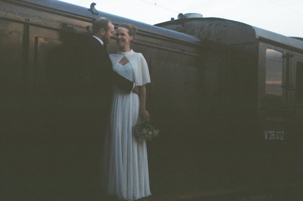 old-train-married-couple-wedding