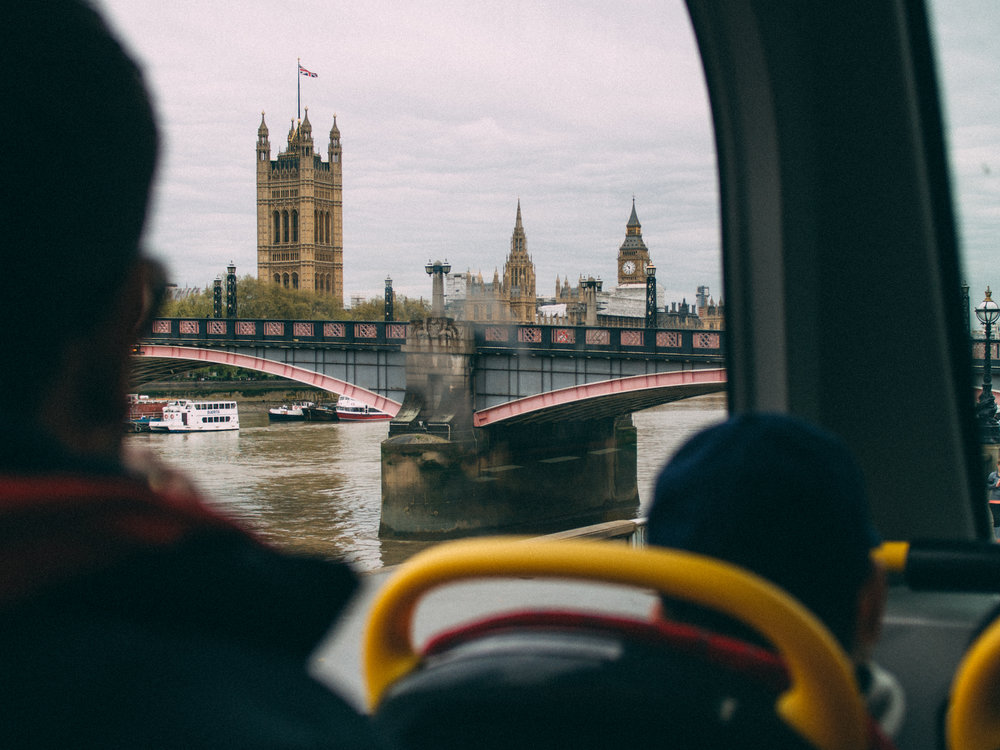 houses-of-parliament-from-a-bus