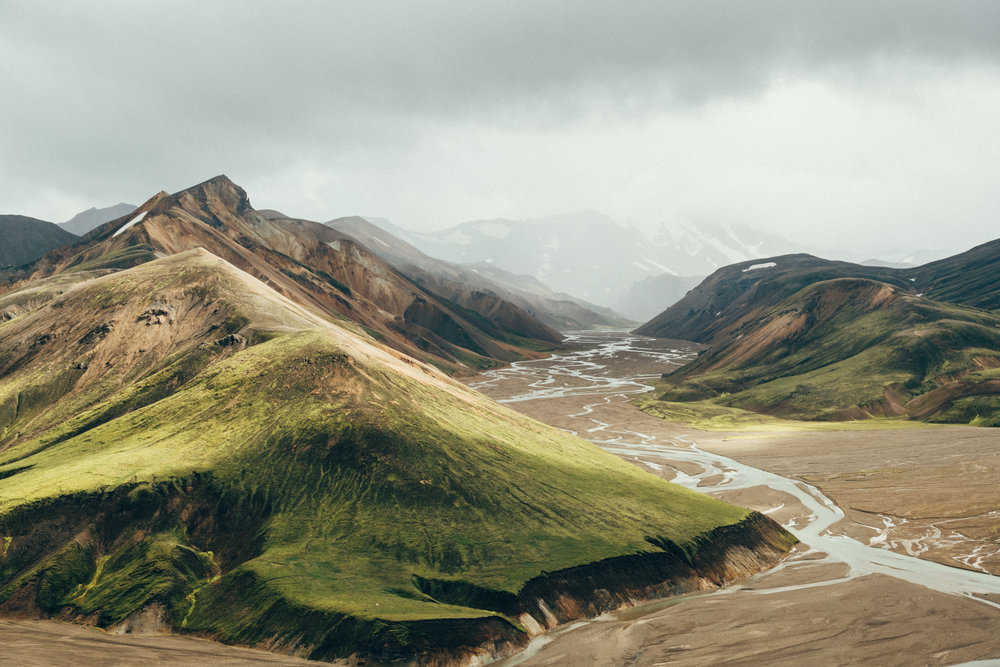 landmannalaugar-mountains-rivers-iceland
