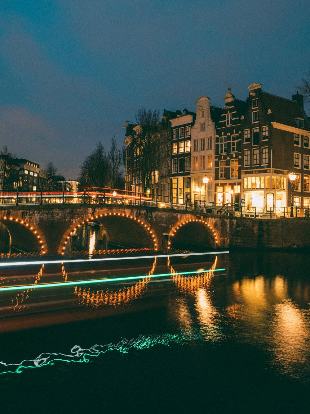 amsterdam-canal-bridge-long-exposure