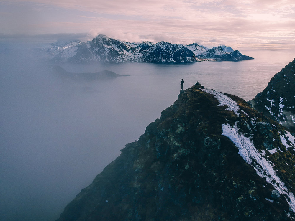 mannen-summit-lofoten-drone-photography