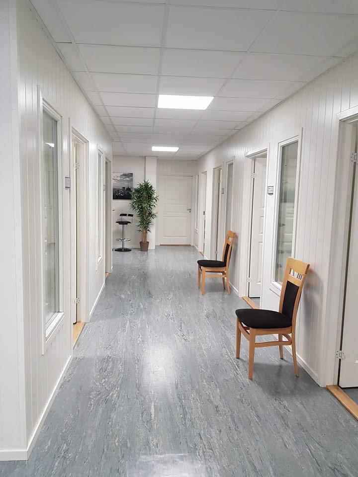 Fra kontorkorridoren