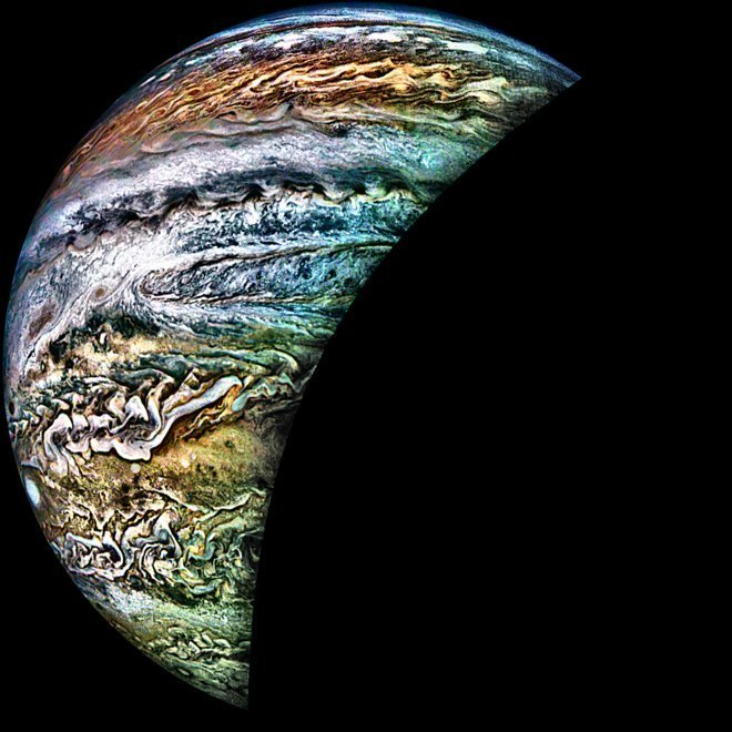 Image credit:Lella Erceg, Lycee Francais de Toronto/NASA/SwRI/MSSS