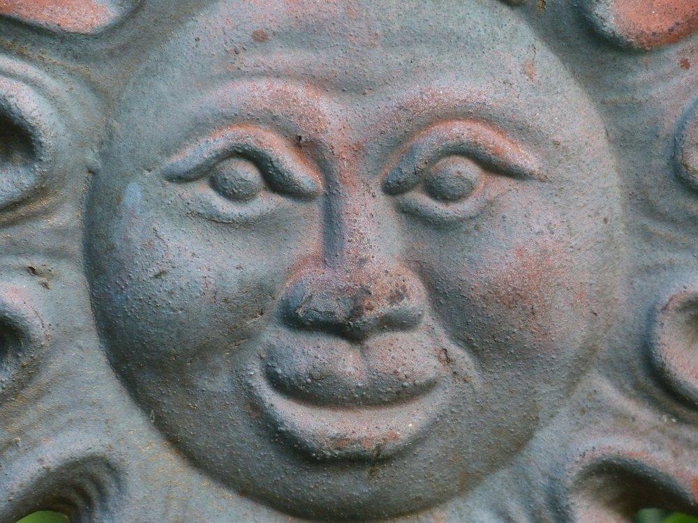 sun-167375_1920.jpg