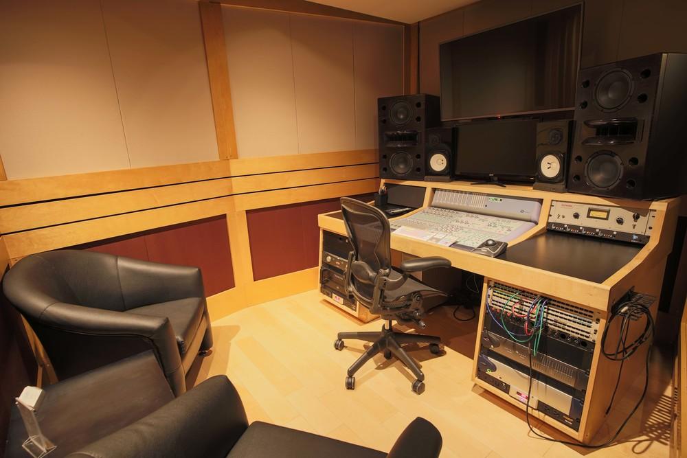 StudioQ3.jpg