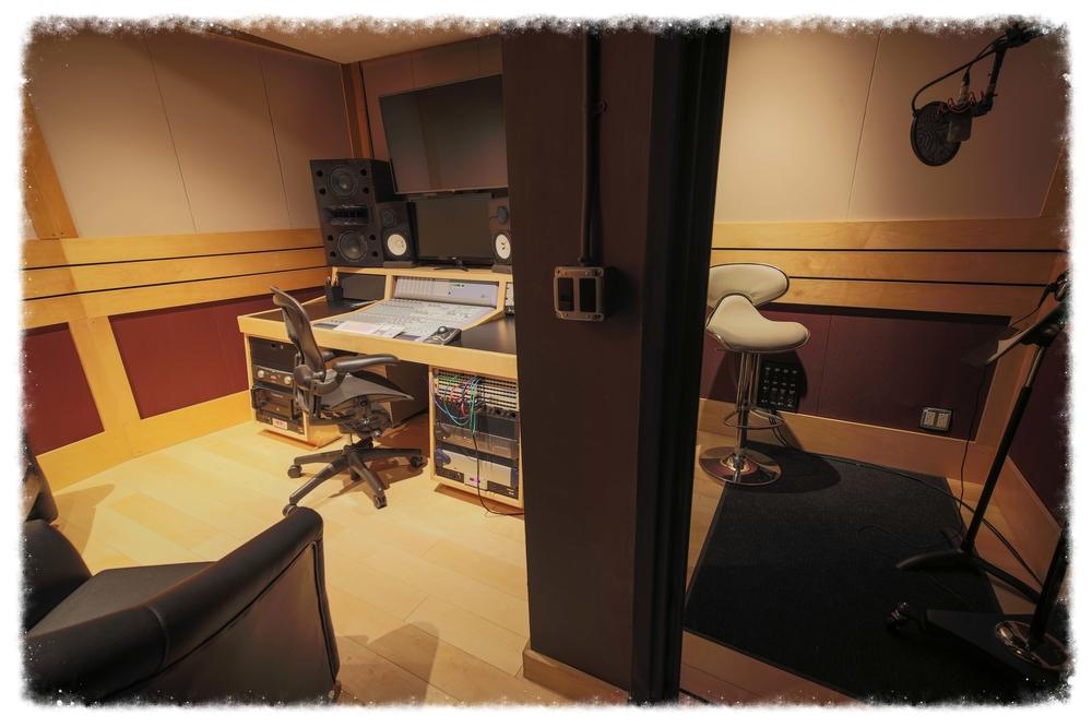 StudioQ3-2.jpg
